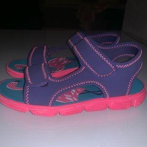 Kid Tucker +Tate shoes !